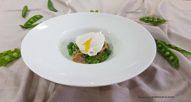 Pesols a la Carbonara amb ou escalfat, Guisantes a la Carbonara con huevo escalfado, ou escalfat, huevo escalfado, cocina facil, cuina facil, l'essencia de la cuina, blog de cuina de la sonia, receta facil, receta original