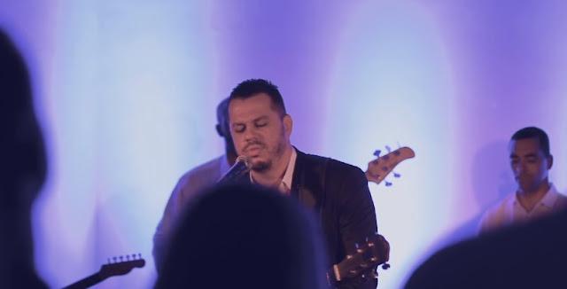'Canta Minh'Alma': confira a versão de Hudson Almeida para a música do Hillsong