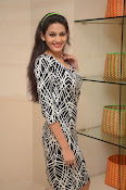 actress swetha jadhav new glam pix-thumbnail-19