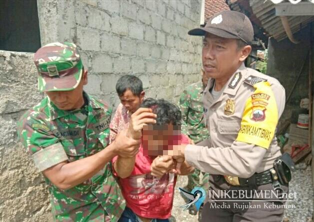 Diduga Gangguan Jiwa, Pria di Karangsambung Bacok Ayahnya Sendiri