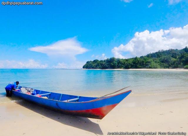 Yenandau beach of Raja Ampat