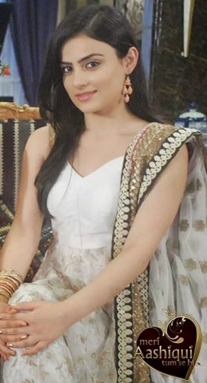 Get High Quality Latest Pictures Of Beautiful TV Actress Radhika Madan