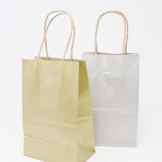 Are you ready to add a little colour to your paper shopping bags? | creativebag.com