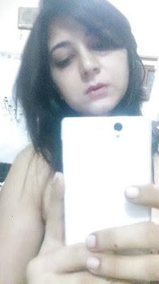 Big Tits NRI Bhabhi Naked Selfie Leaked