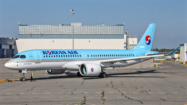 Bombardier CS300 Korean Air