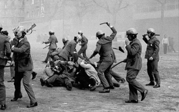 PP y C's rechazan honrar a las personas encarceladas y torturadas durante el franquismo