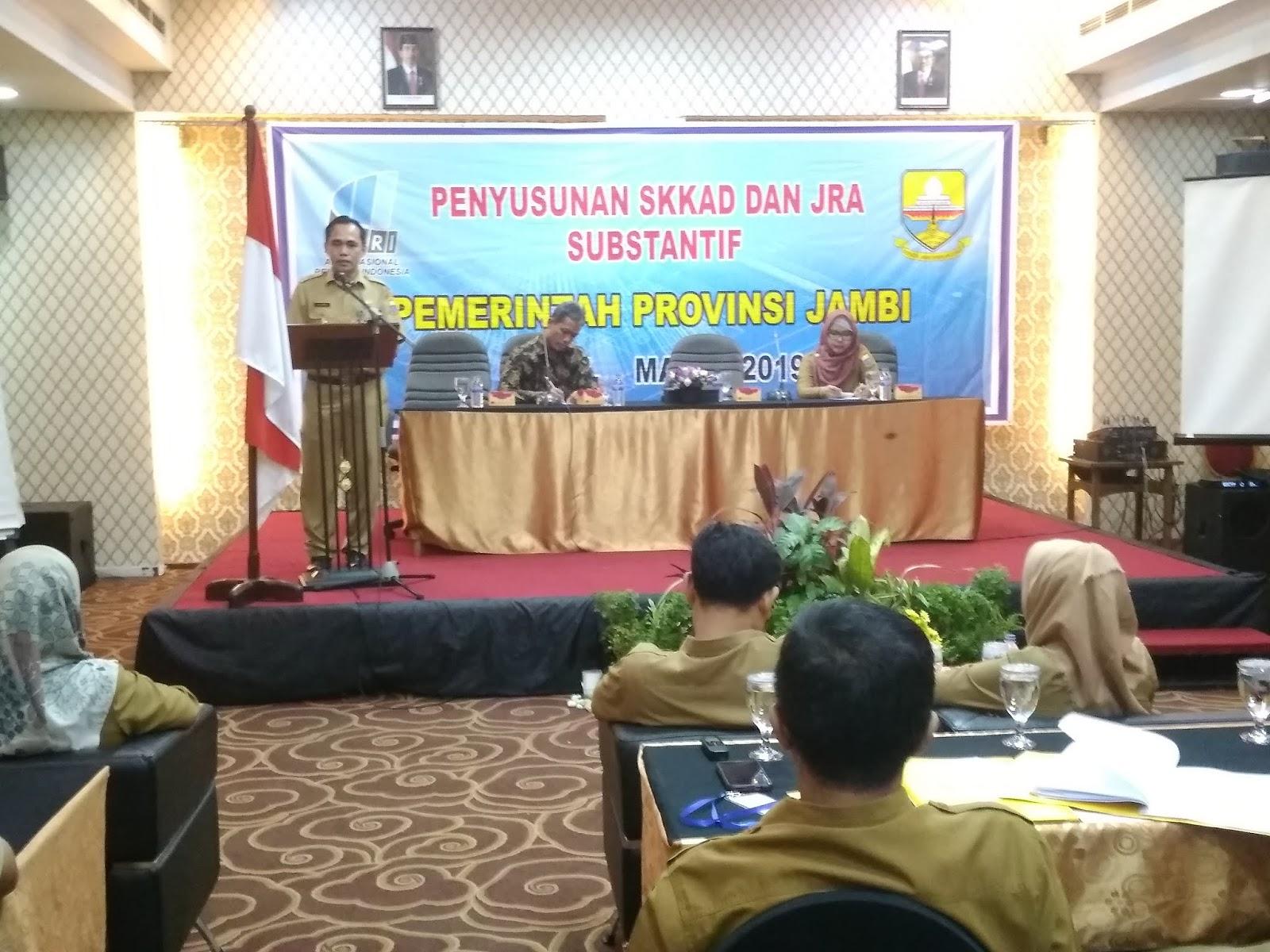 Sekretaris Dinas Perpustakaan Dan Arsip Daerah Provinsi Jambi Buka Penyusunan SKKAD Dan JRA Substantif Pemerintah Provinsi Jambi.