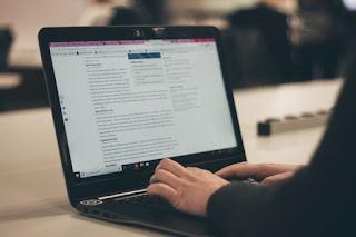 Blogger or blogging