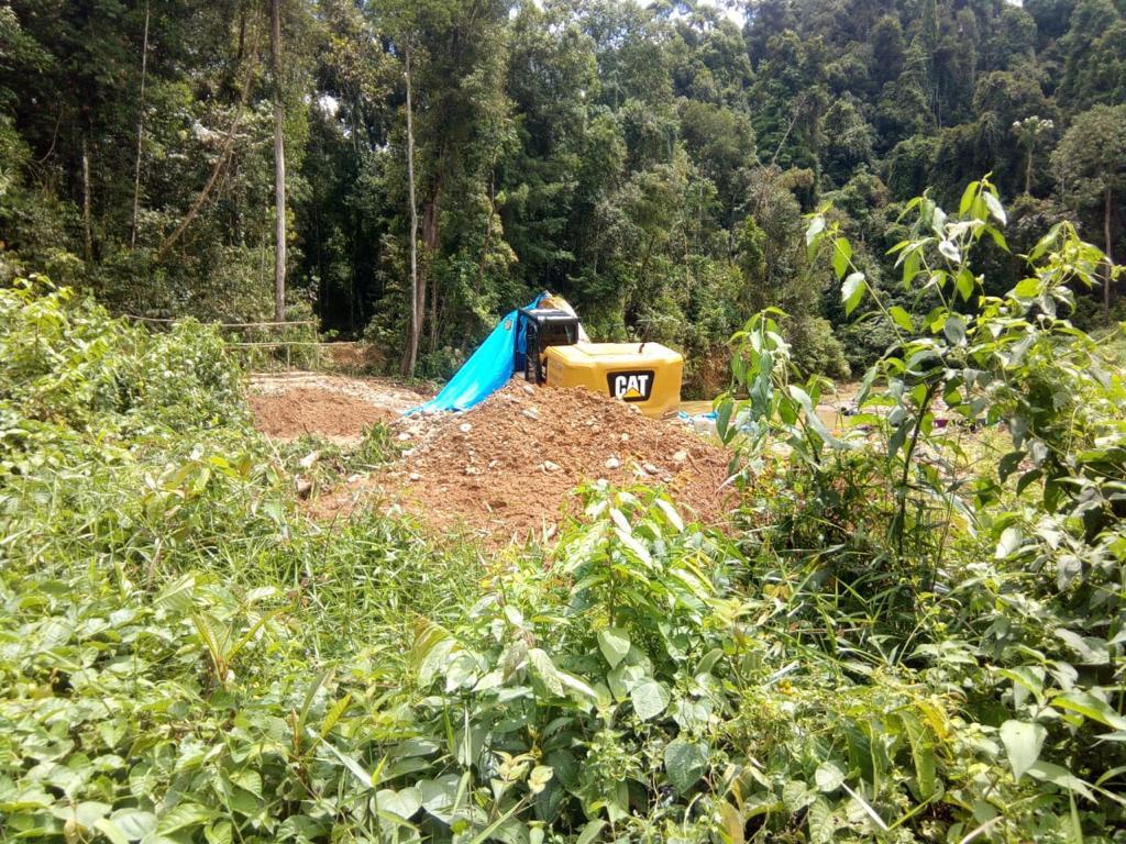 Pasca Kerusuhan Dilokasi PETI, Tiga Alat Excavator Diduga Beroperasi Kembali di Pelepat