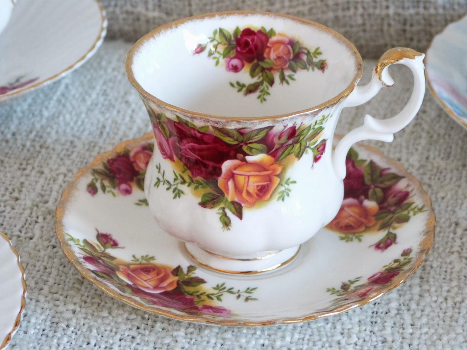 Royal Albert Servies Lavender Rose.Bone China Royal Albert Lavender Rose