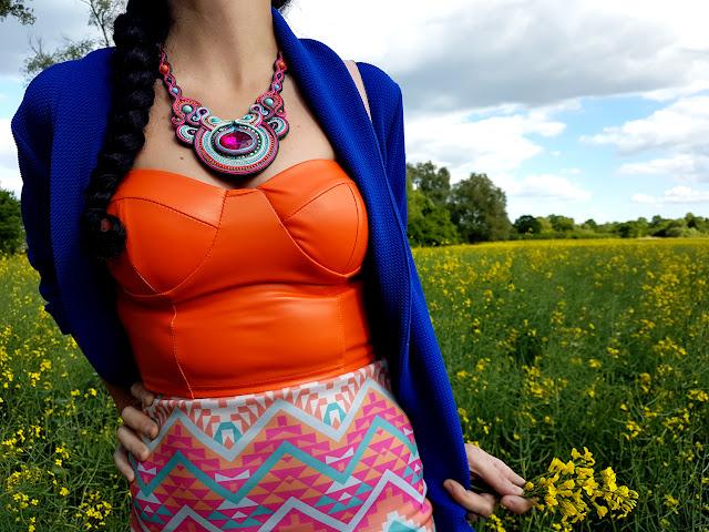 femme luxe - femmeluxefinery.com - luxegal - woman fashion - femmeluxefinery review - sukienki na lato - moda damska - sukienki online - zakupy online - gorsety z ekoskóry - dres - moda trendy lato 2020