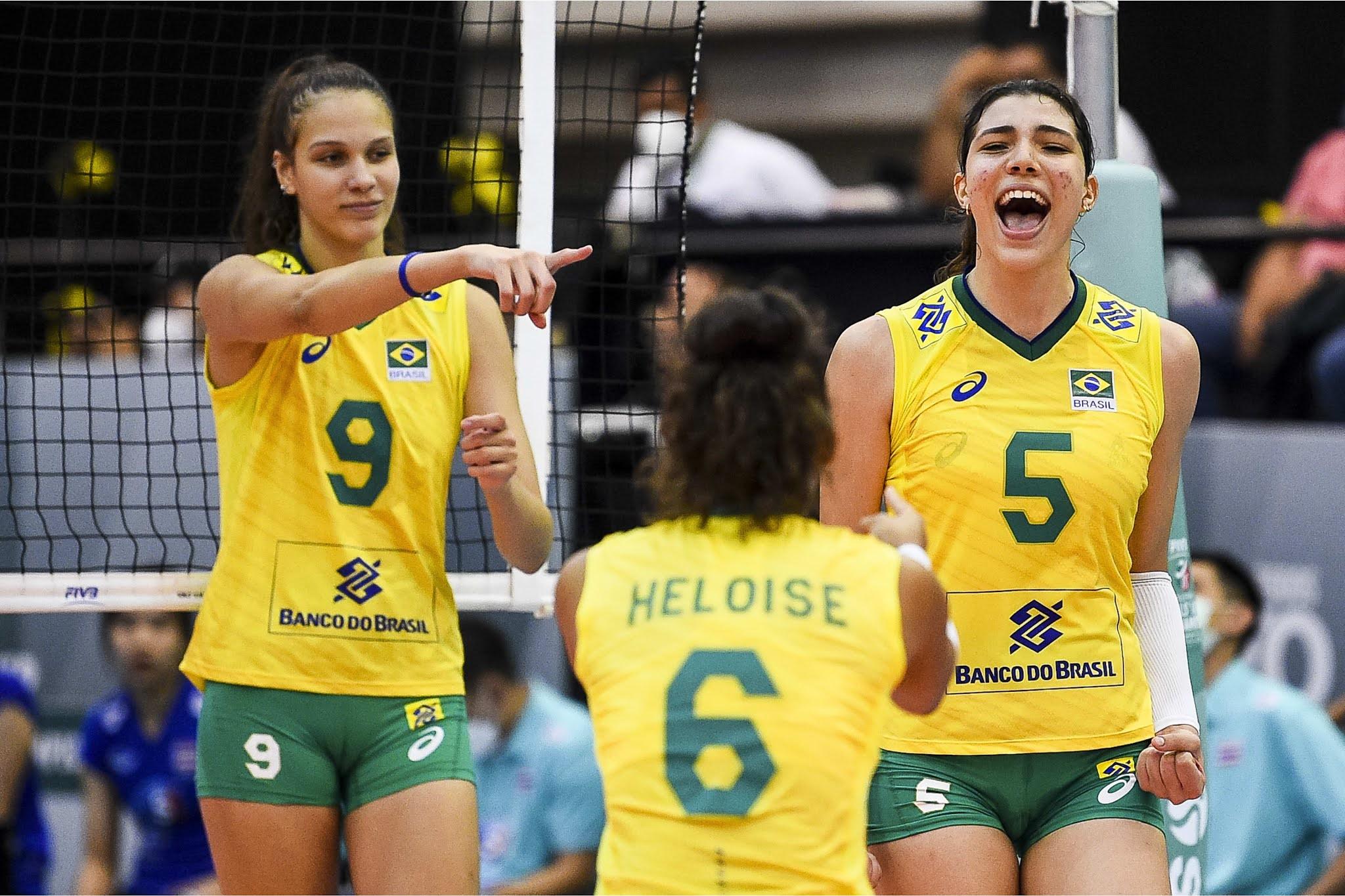 Luzia e seleção brasileira sub-18 de vôlei feminino