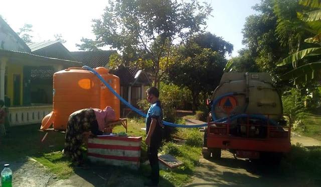BPBD Lumajang mulai droping air bersih