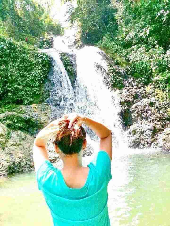 The Most Famous Cold Refreshing Waterfalls and Relaxing Place Bonbon Falls in Busay Cebu Philippines 2018