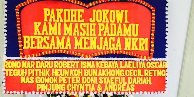 Setelah Ahok & Kapolri, Giliran Jokowi Dapat Kiriman Karangan Bunga
