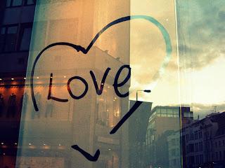 Caption Instagram Cinta Romantis Keren Kekinian