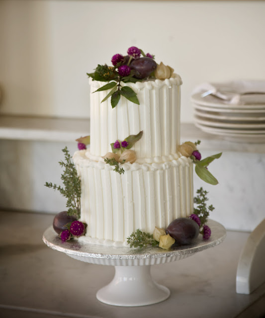 wedding cakes for small weddings a simple cake the sweetness of small weddings 24379