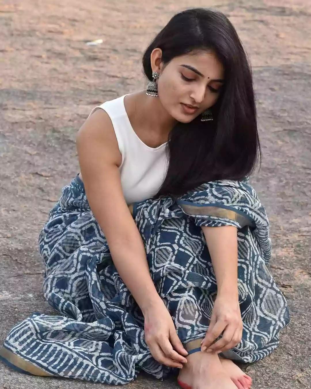 ananya-nagalla-in-indigo-printed-saree