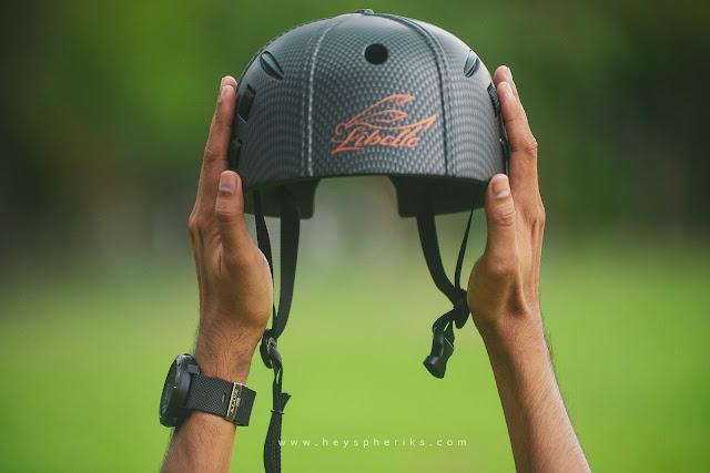 Helm Sepeda Paling Ringan di Dunia