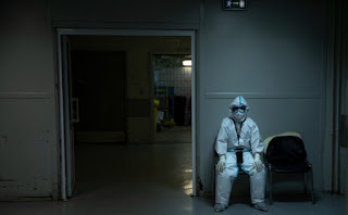 في روسيا ، تم تحديث الرقم القياسي لعدد الوفيات الناجمة عن فيروس كورونا لليوم الخامس على التوالي