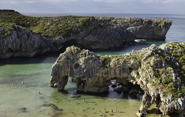 cuevas_del_mar