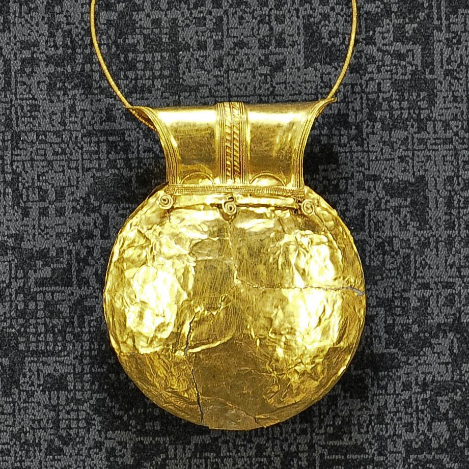 A yellow gold Etruscan bulla from the 1st century BC in the Museum of the Jewellery in Vicenza