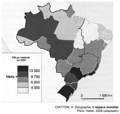 ENEM 2009: A partir do mapa apresentado, é possível inferir que nas últimas décadas do século XX, registraram-se processos que resultaram em transformações na distribuição das atividades econômicas e da população sobre o território brasileiro, com reflexos no PIB por habitante. Assim,
