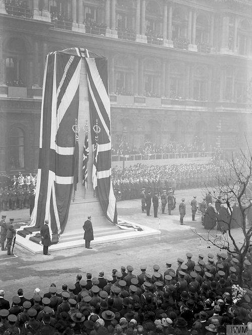 roads to the great war  london u0026 39 s cenotaph
