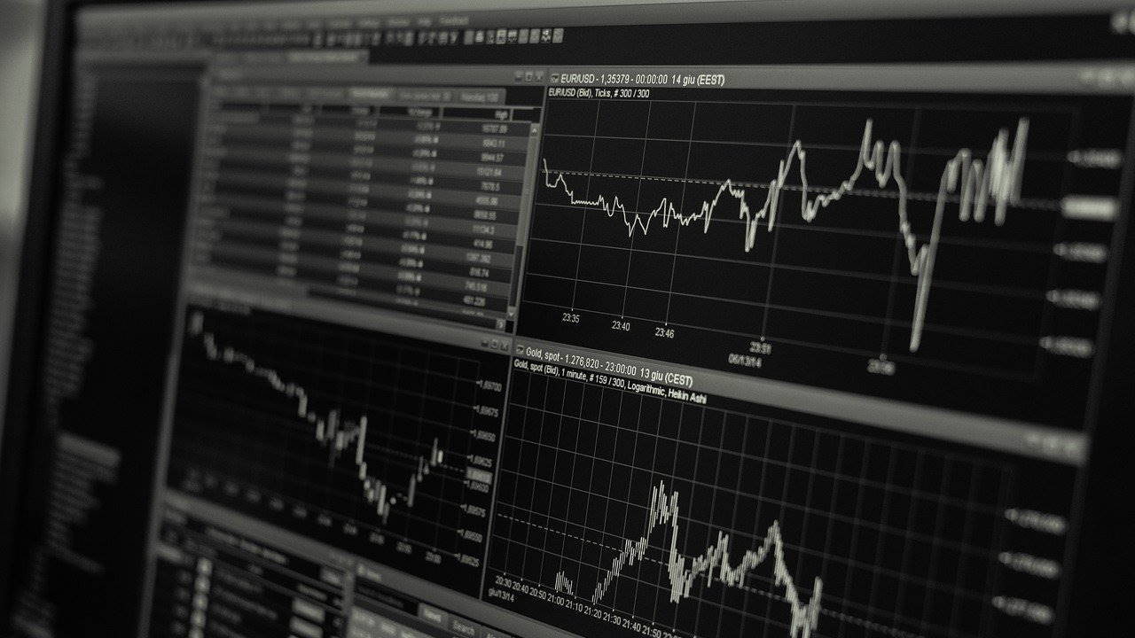 How to Minimize Stock Investment Risk
