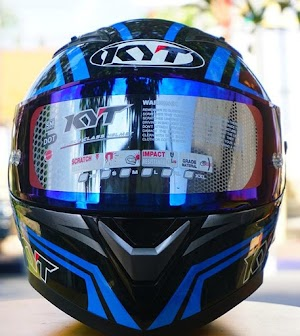 KYT FALCON BLUE CARBON FULL AKSESORIS | Helm Makassar