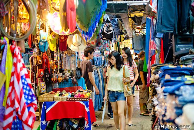 chatuchak-weekend-market-travel-in-bangkok