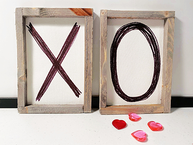 Framed x and o canvases with hearts