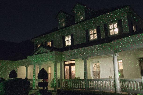 Startastic, proyector rayos laser para iluminar la casa en fiestas navideñas | Ximinia