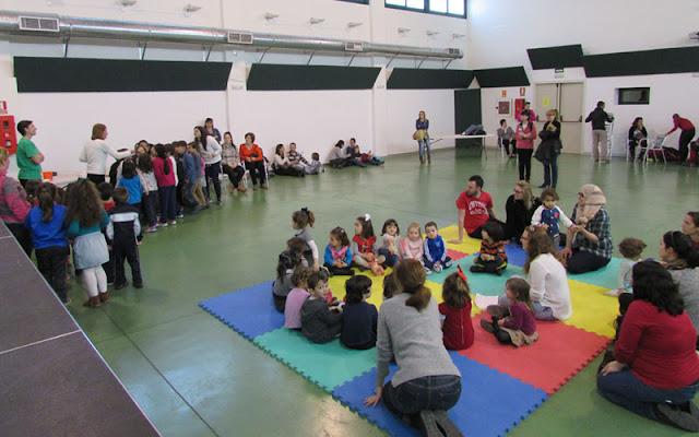 Un momento de la ultima actividad de Illescas con los niños en el ECJ. IMAGEN COMUNICACION iLLESCAS