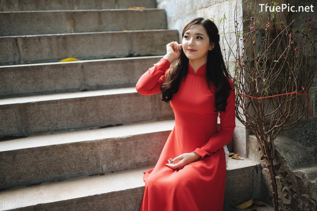 Image-Vietnamese-Model-Beautiful-Girl-and-Ao-Dai-Red-Vietnamese-Traditional-Dress-TruePic.net- Picture-6