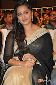 Anushka at Lingaa Successmeet-thumbnail-7
