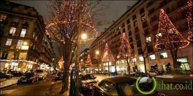 Avenue Montaign, Paris