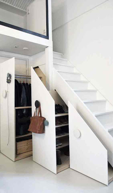 desain tangga rumah minimalis 2 lantai warna putih