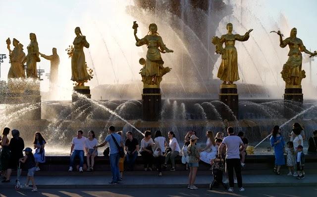 Πρωτοφανής καύσωνας μετά από 142 χρόνια στη Μόσχα