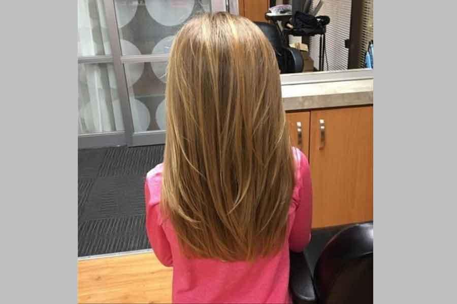 Model Potongan Rambut Panjang Rata Dengan Layer