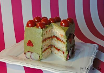 sandwich cake au surimi et avocat, gâteau au surimi, food design, comment faire un sandwich cake, beau et bon, surimi pour les fêtes, le plus beau des sandwich, surimi et avocat, gâteau salé, sandwich suédois, sandwich gâteau, patissi-patatta