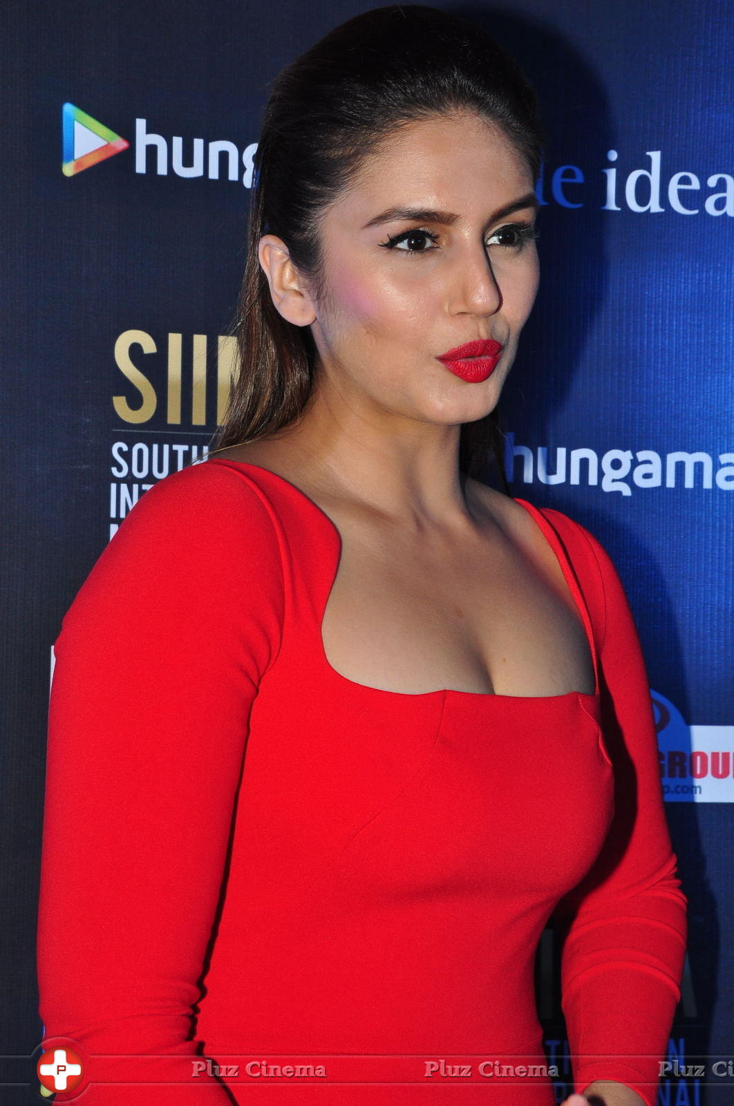 Huma Qureshi Hot Cleavage Photos In A Red Costume HD ...