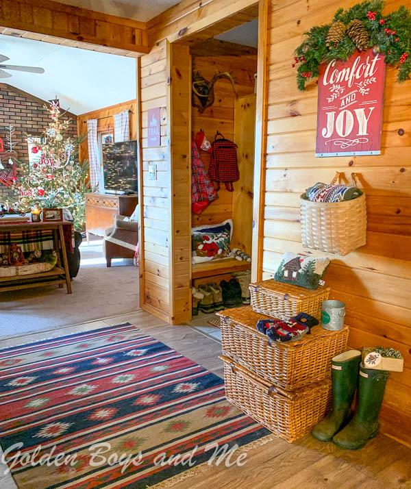 Knotty pine in rustic cabin - www.goldenboysandme.com