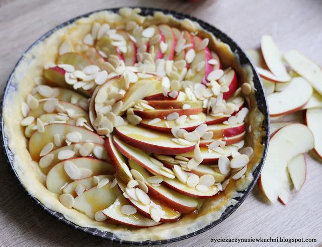 Tarta jabłkowa na kruchym spodzie