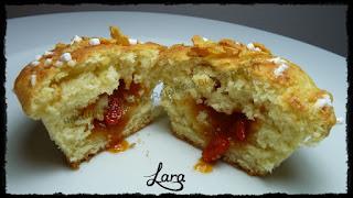 http://cucinaconlara.blogspot.it/2015/05/muffin-con-confettura-alle-bacche-di.html