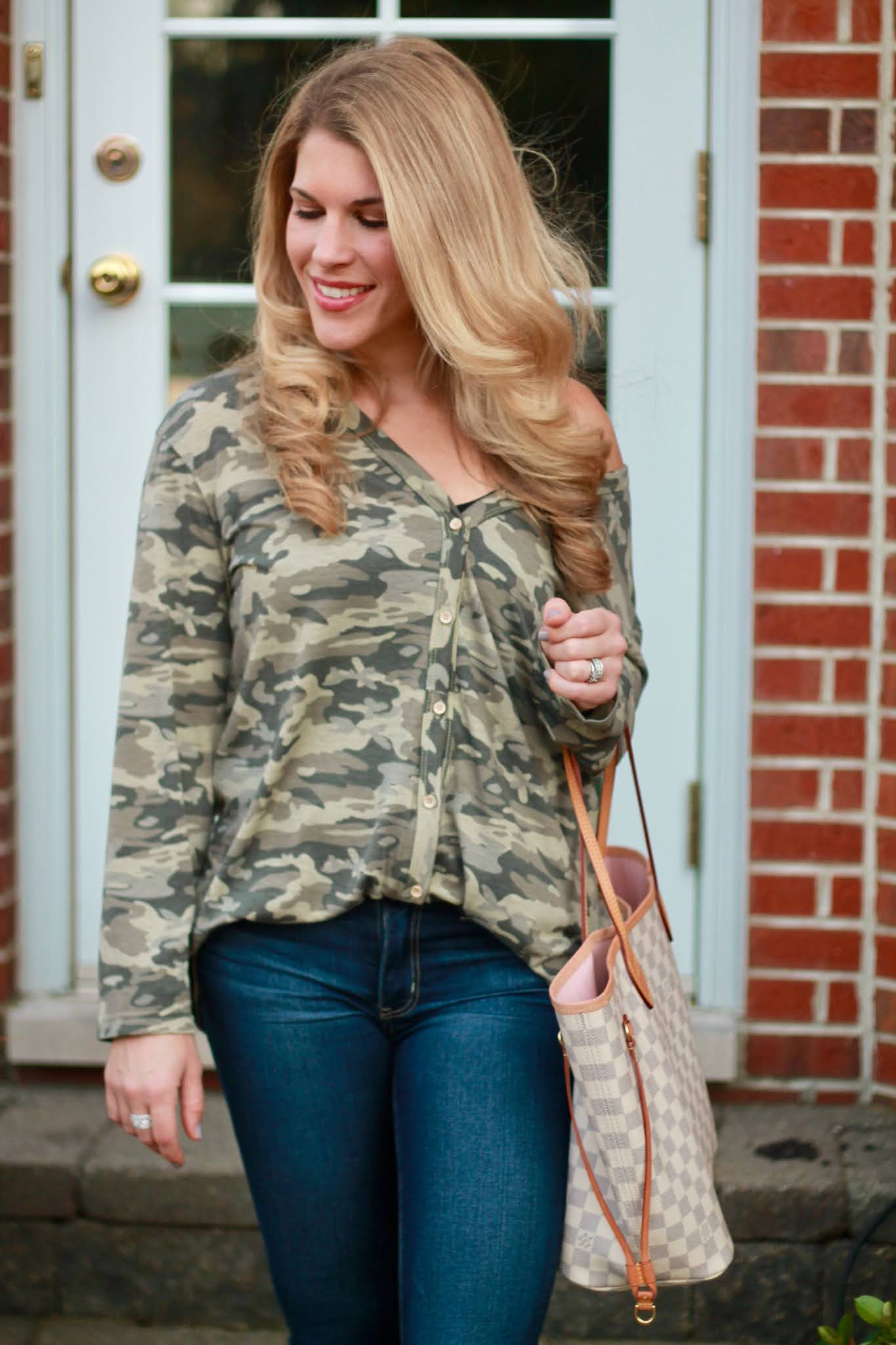 camo top, camo tunic, casual fall outfit, white booties,