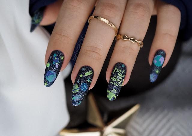 paznokcie kosmiczne