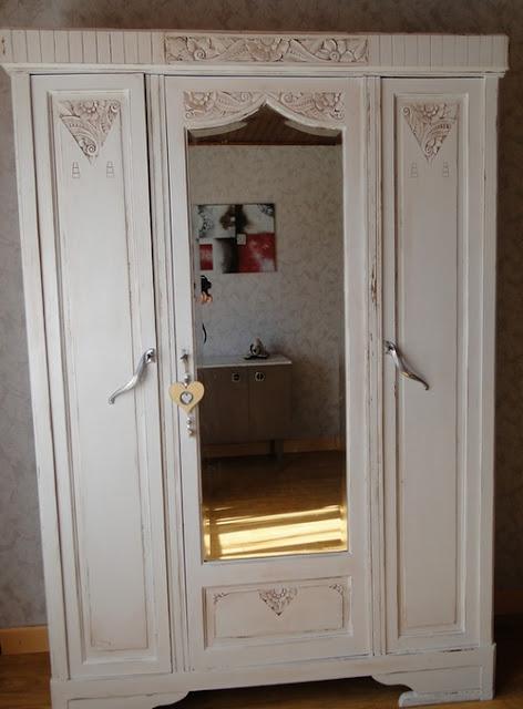 armoire grand mère blanche cérusé