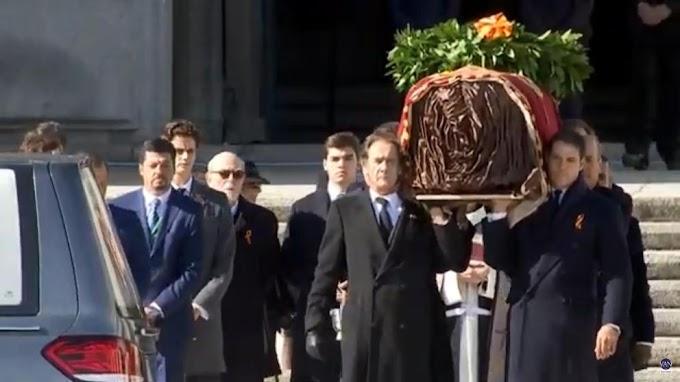 ÚLTIMA HORA   Los restos de Franco salen del Valle de los Caídos.