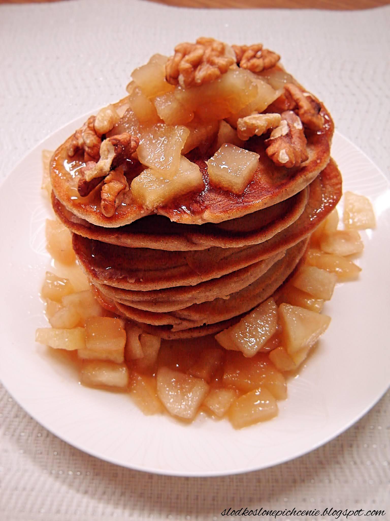 Placuszki piernikowe z karmelizowanymi gruszkami